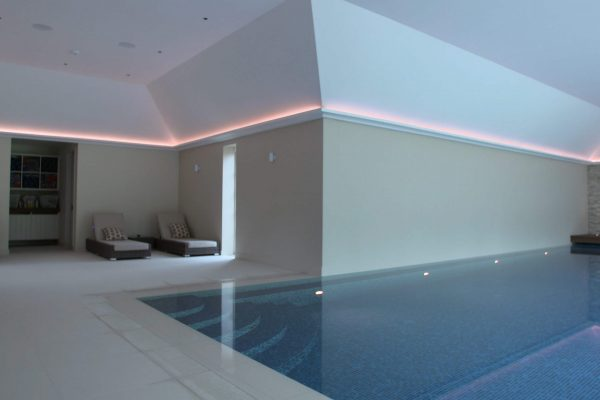 swimming pool peach